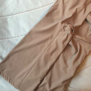 Columbia Pants - Columbia women's size Medium grey stretch pants